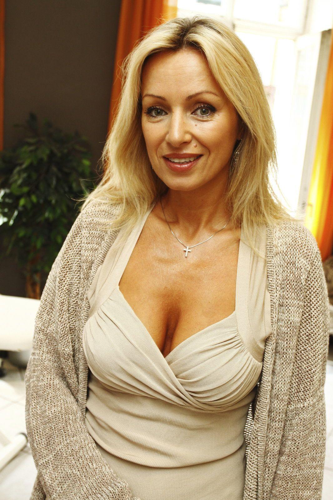 Katerina Brozova Nude Photos 76