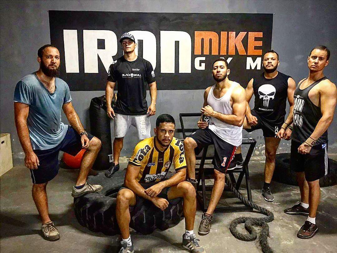 Os caras brabo! 💪🏼👊🏼💀#treinoAtlas #hardtraining #crossfit #bodybuilding #musculação #suor #saude #fi...