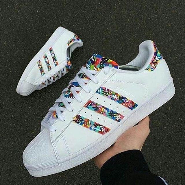 Instagram Photo By Adidaѕ Inѕpiration May 19 2016 At 10 19am Utc Adidas Superstar Adidas Diy Sneakers