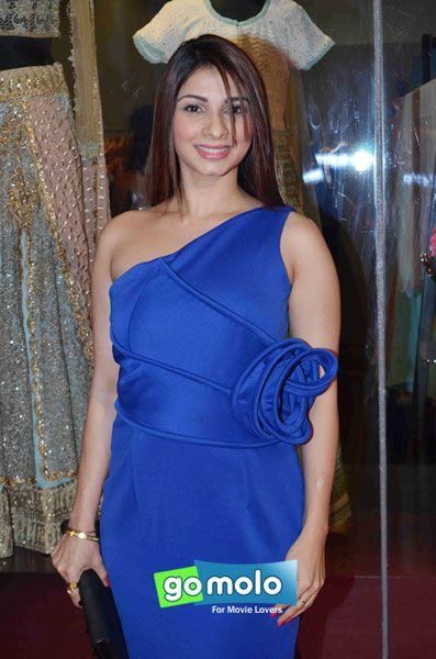 Tanishaa at the Launch of Amy Billimoria's fashion store in Juhu, Mumbai