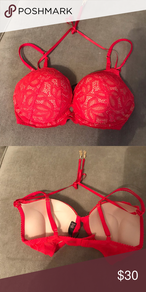 856451a604 Victoria s Secret Bombshell Bra Christmas Red Lace