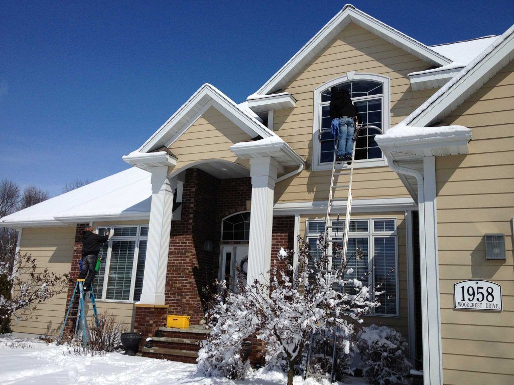 We Scrape The Paint And Bug Droppings Outside Of The Windows Give Us A Call At 8327133545 Or Visit Our Website Www Tru Cleaning Gutters Windows House Styles