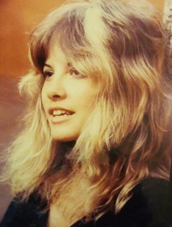 Stevie Nicks Love This Haircut Stevie Nicks Lindsey Buckingham Stevie Nicks Fleetwood Mac Stevie Nicks