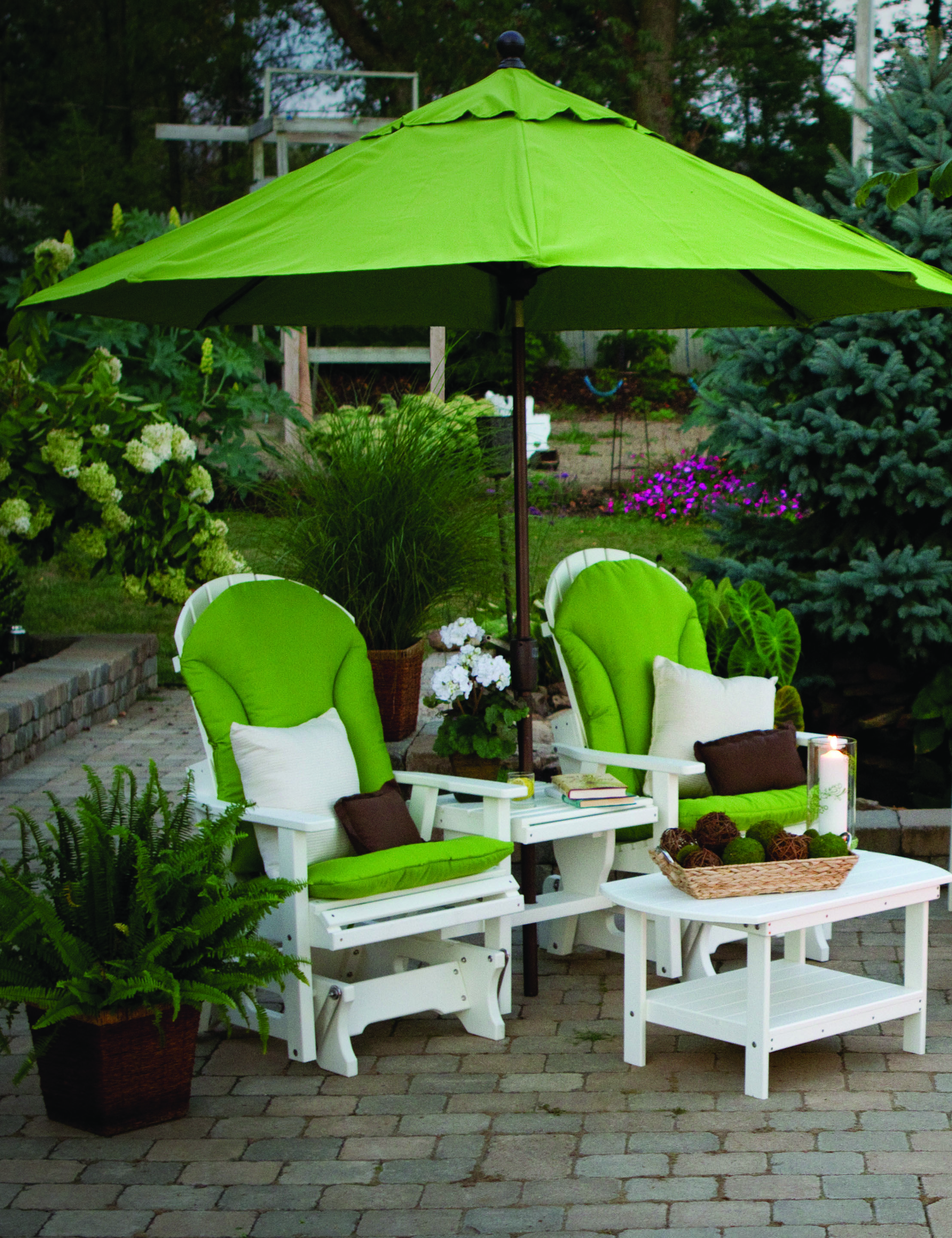 Berlin Gardens Gliders Are Pictured Here With Matching Tables. Add The Shade  Umbrella And Your