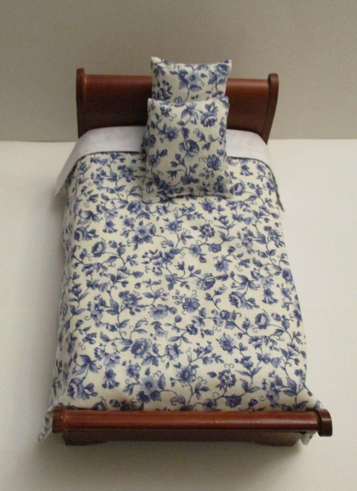 Dollhouse Miniature Handmade Gray Floral Bedspread /& 7 Pillows Bedding Set
