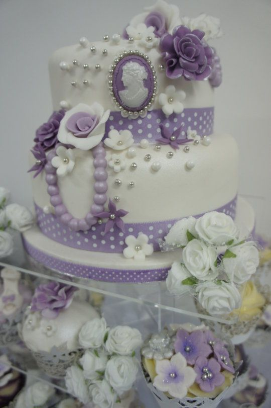 My Purple wedding ~ all sugarpaste roses ~ all edible