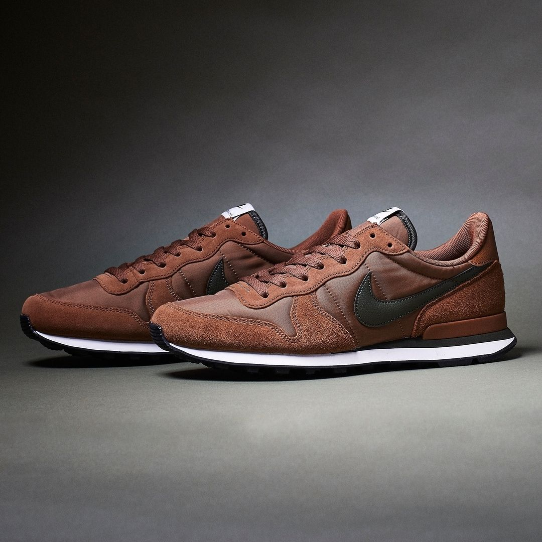 reputable site 6de83 34744 Nike Internationalist BrownBlack