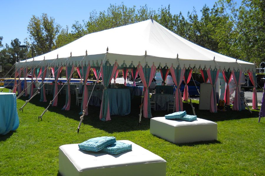 Idea By Mila Moore On Party Time Tent Rentals Tent Luxury Tents