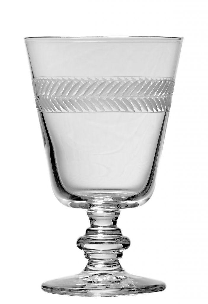 Klassiskt vinglas med ett vackert handgraverat mönster. Med sin ...