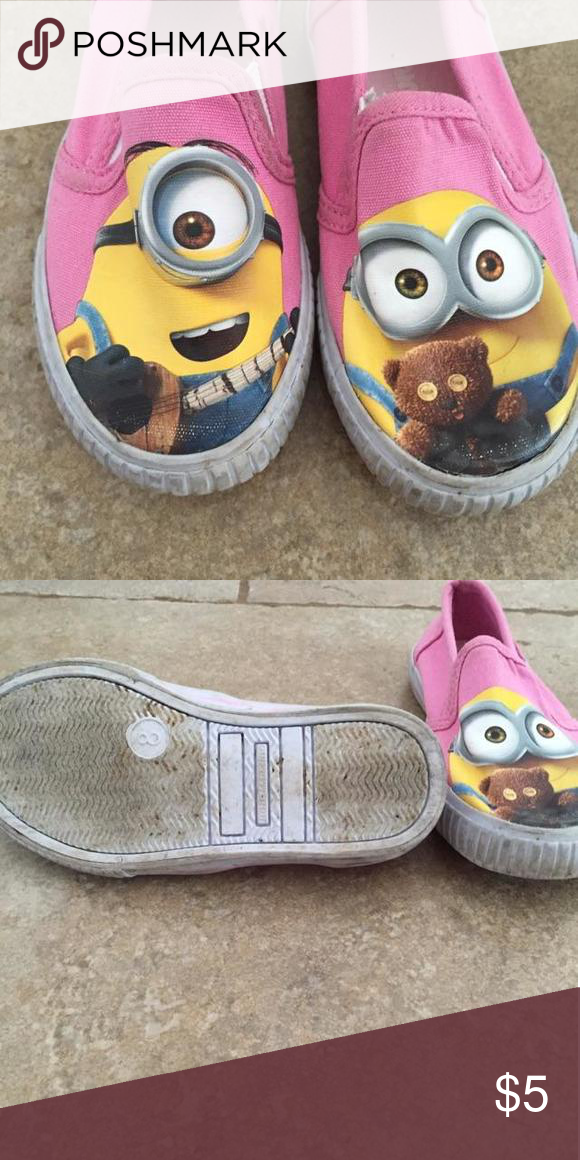 Minion shoes Girls size 8 minion shoes. Bottom and sides are in used condition. Shoes