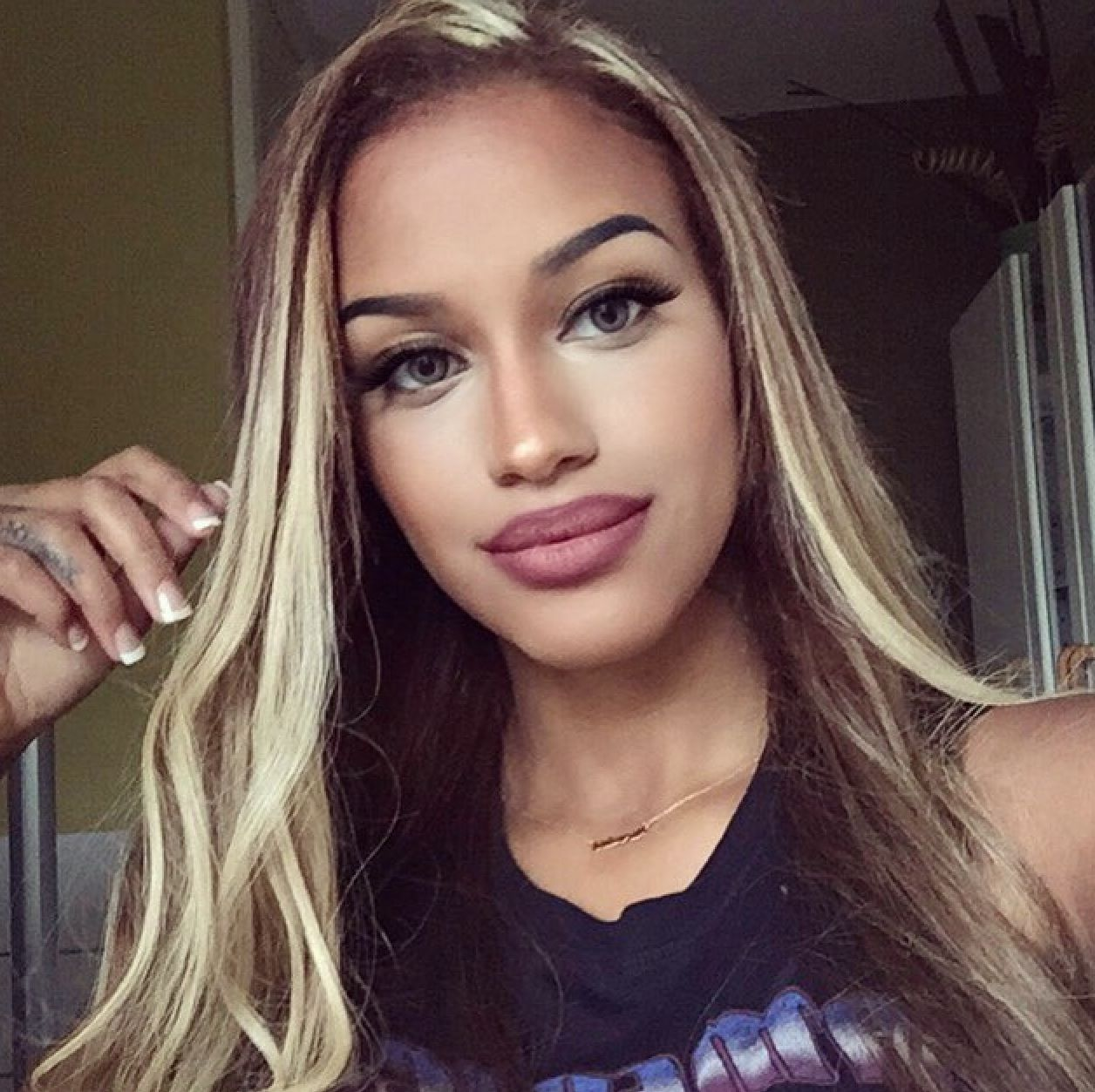 Fanny Neguesha | ::Blonde Bombshell:: | Pinterest | Hair