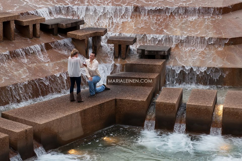 Dallas Wedding Photographer Sweet Proposal At Fort Worth Water Gardens Fort Worth I Do