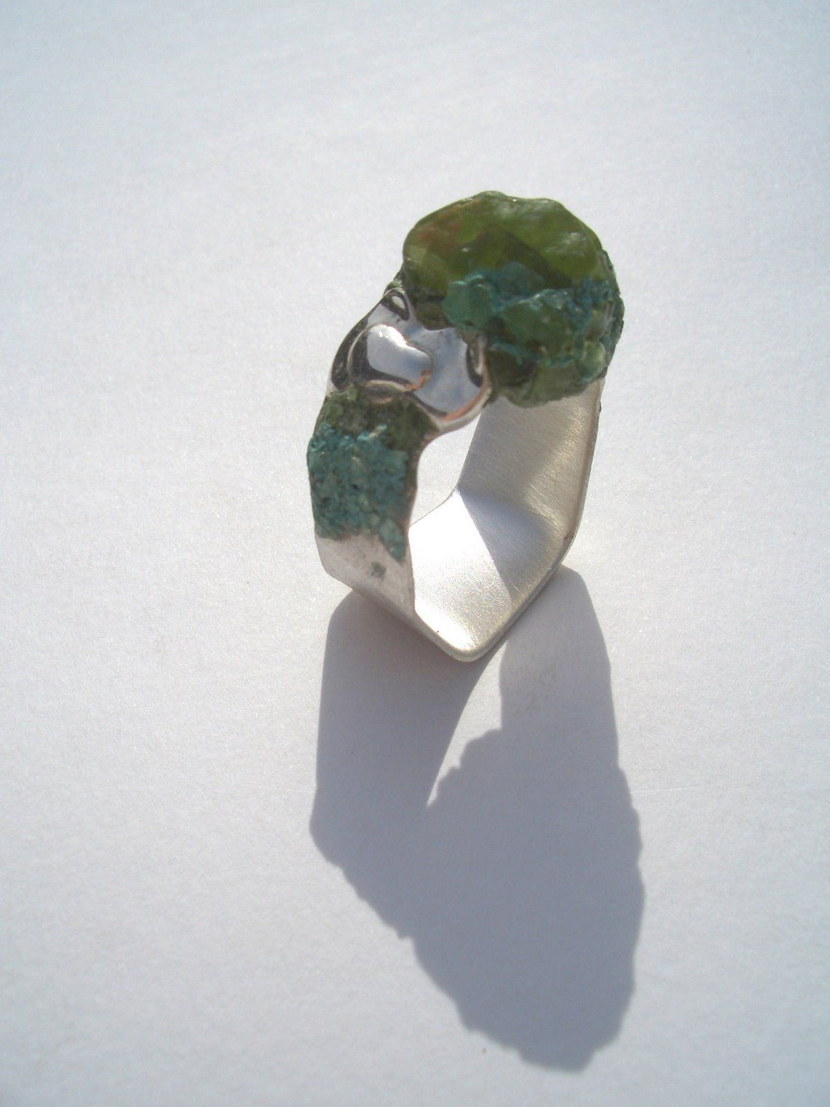 Paul Beelen Contemporary jewelry design