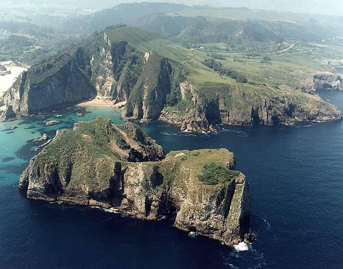 Isla del Castrón de Santiuste (Asturias)