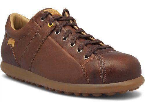 a04d7982920ac Los originales zapatos de pelotas de Camper son una cómoda alternativa para  un look casual