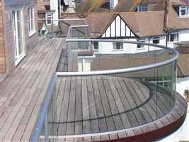 Best Glass Balustrades Glass Balconies Glass Railings Balcony Systems Glass Balcony Glass 400 x 300
