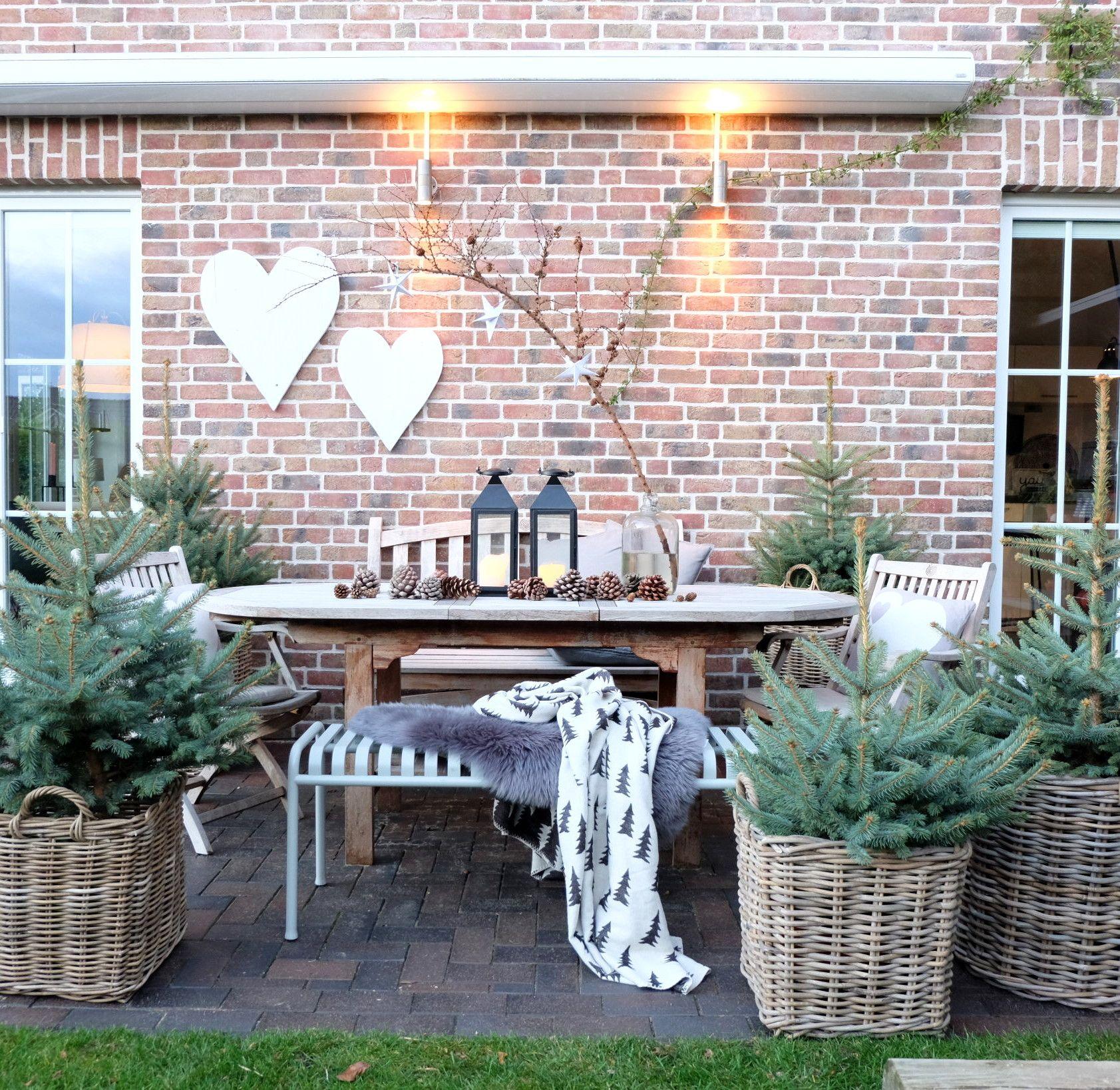 Winterlich Dekorieren Im Garten Unser Garten Wird Winterfest Diy Gartendekoration Winterfest Winterfest Machen