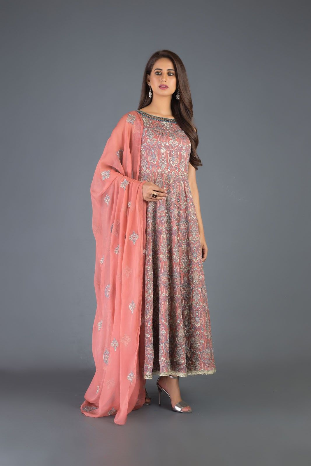 Bareeze Luxury Winter Embroidered Dresses Shawls Designs 2020 in