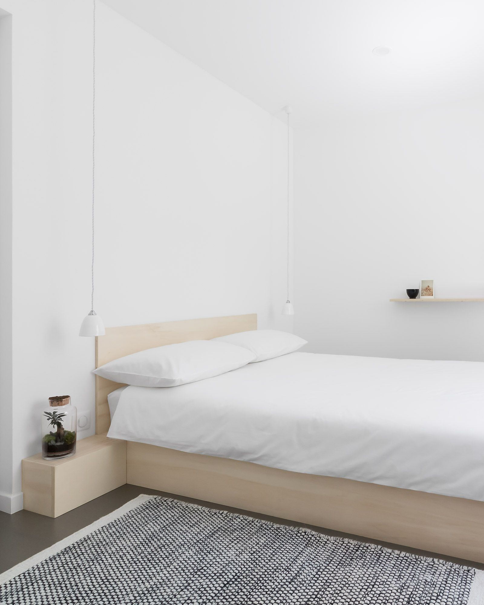 Minimal Modern Japanese Style White Bedroom With Custom Low