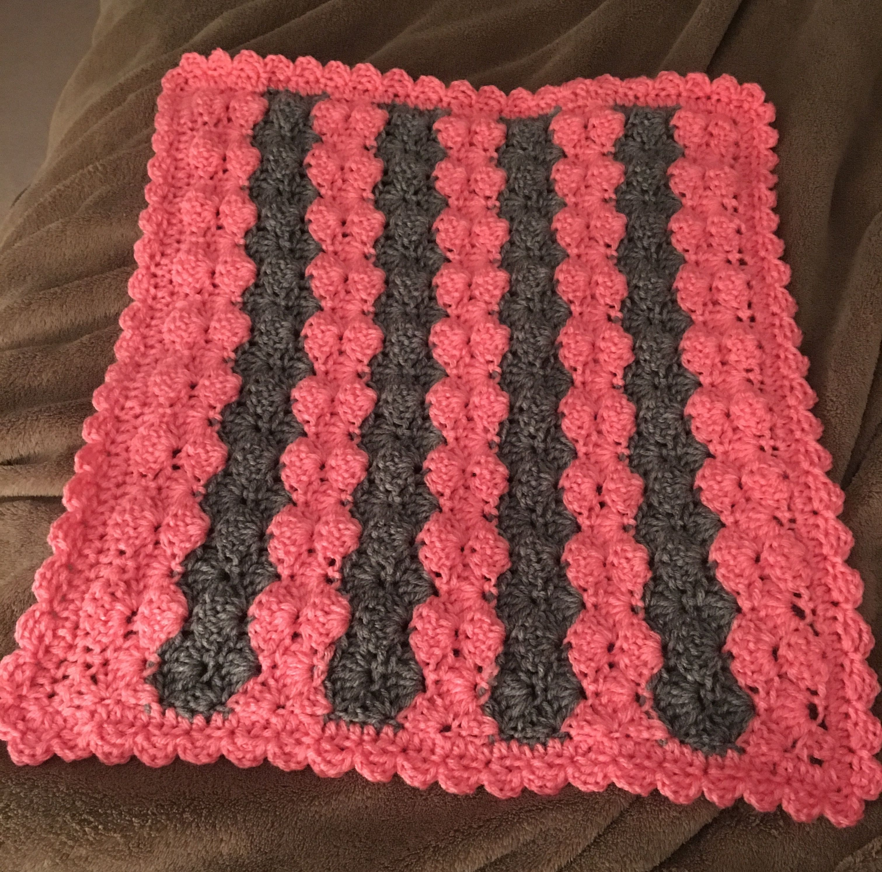 Shell crochet doll blanket