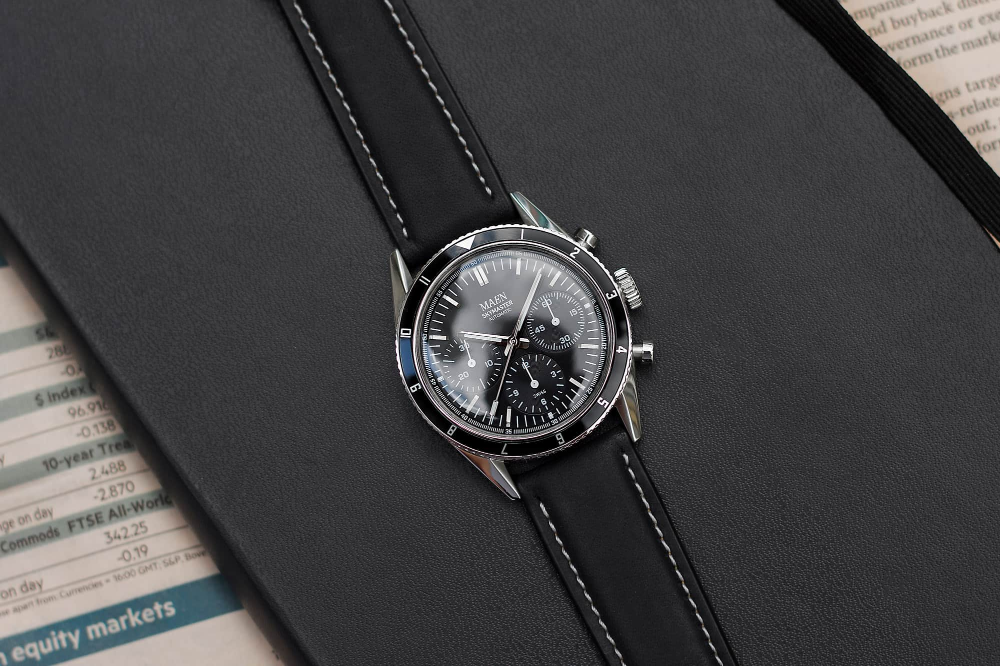 Introducing The Maen Skymaster 38 A Value Packed Vintage Inspired Automatic Chronograph Chronograph Leather Watch Mesh Strap Watch