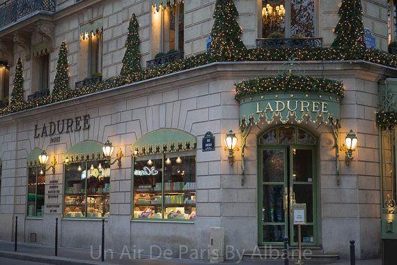 Ladurée Paris photography paris street by UnAirDeParisByAlbane