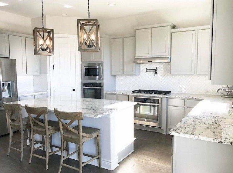 94 remarkable farmhouse gray kitchen cabinet design ideas farmhouse graykitchencabinets on farmhouse kitchen grey cabinets id=68727