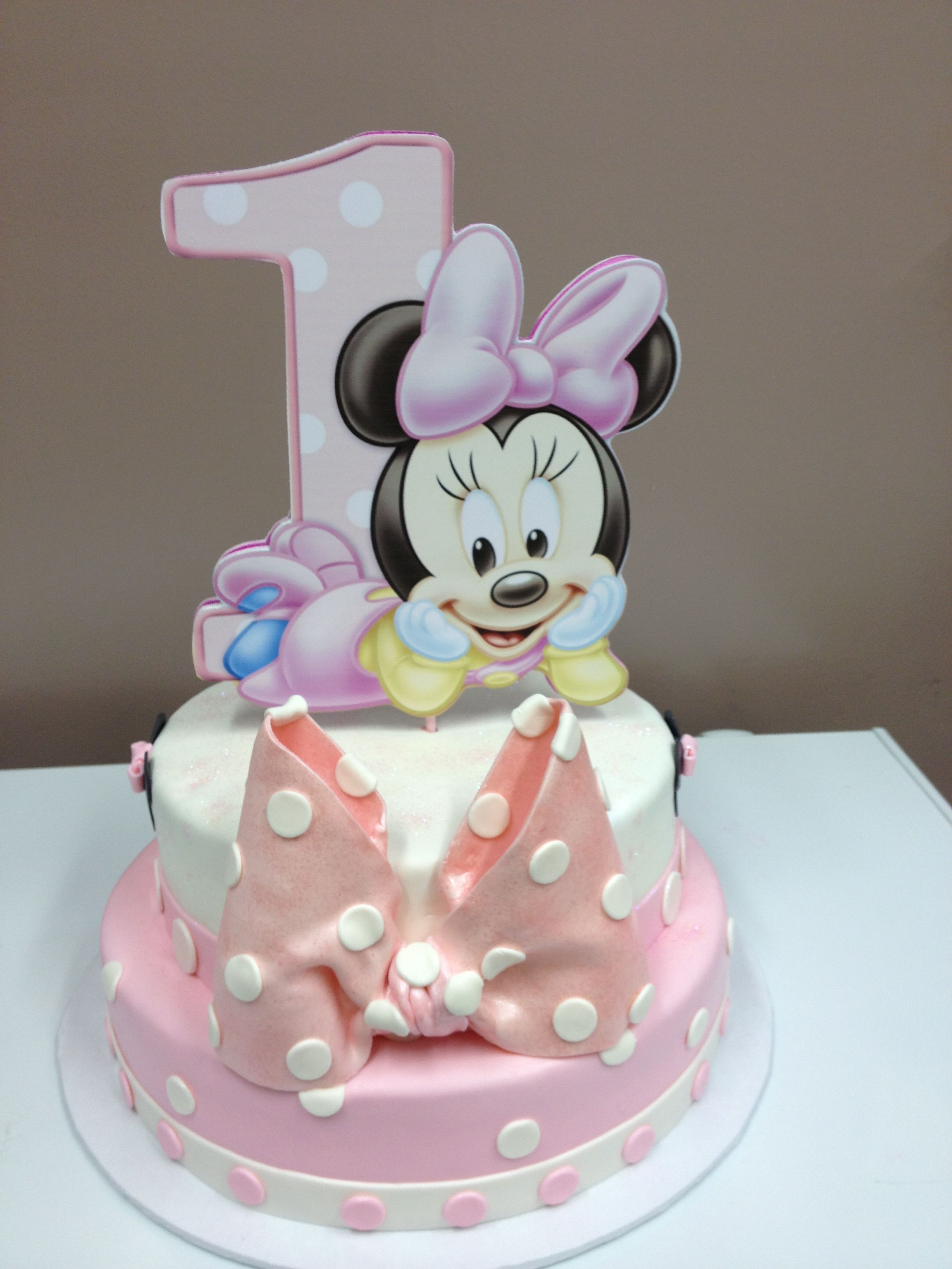 1st birthday minnie mouse cake with images minnie