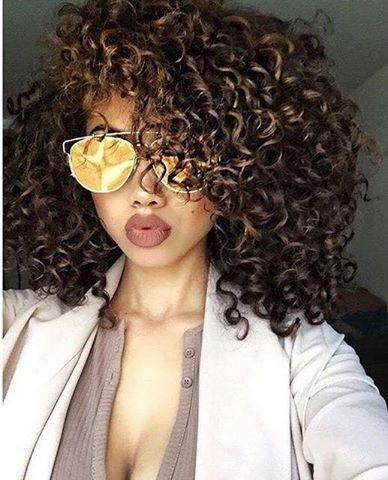 Peinados Cabello Chino Mujer