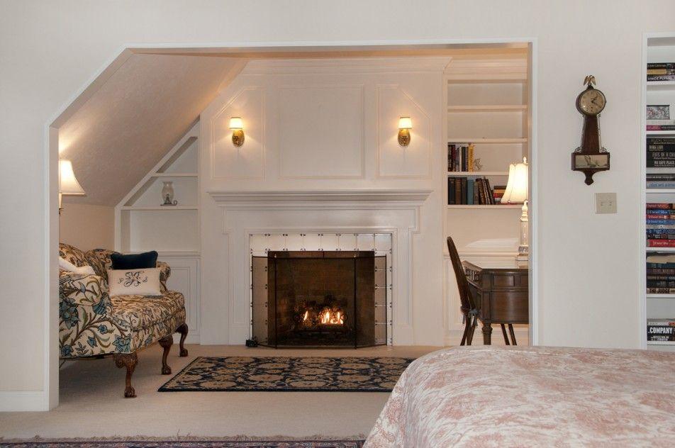 Best Bedroom Simple Design Bedroom With Sloping Ceiling 640 x 480