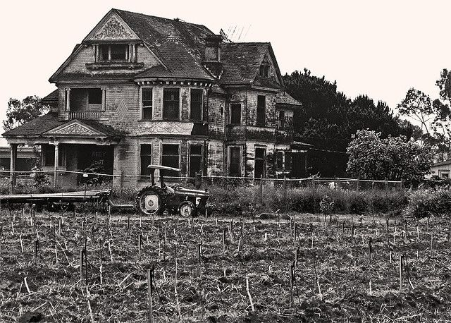 Redman Hirahira Abandoned Mansion Another View Of The In Watsonville California