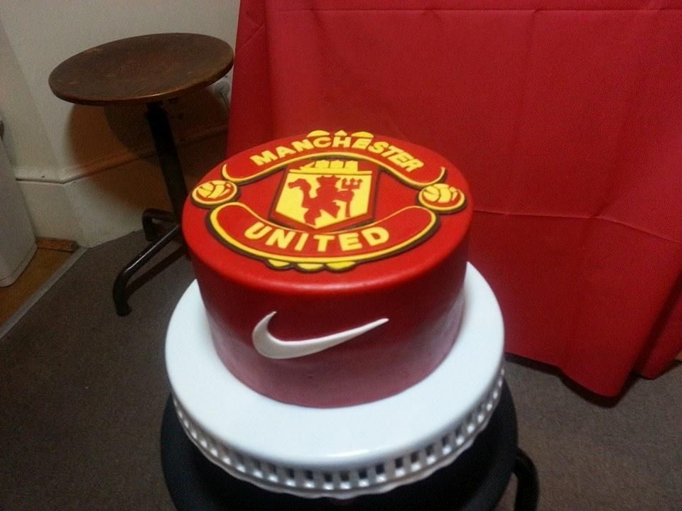 You Have To See Manchester United Cake On Craftsy Manchester United Cake Manchester United Birthday Cake Soccer Cake
