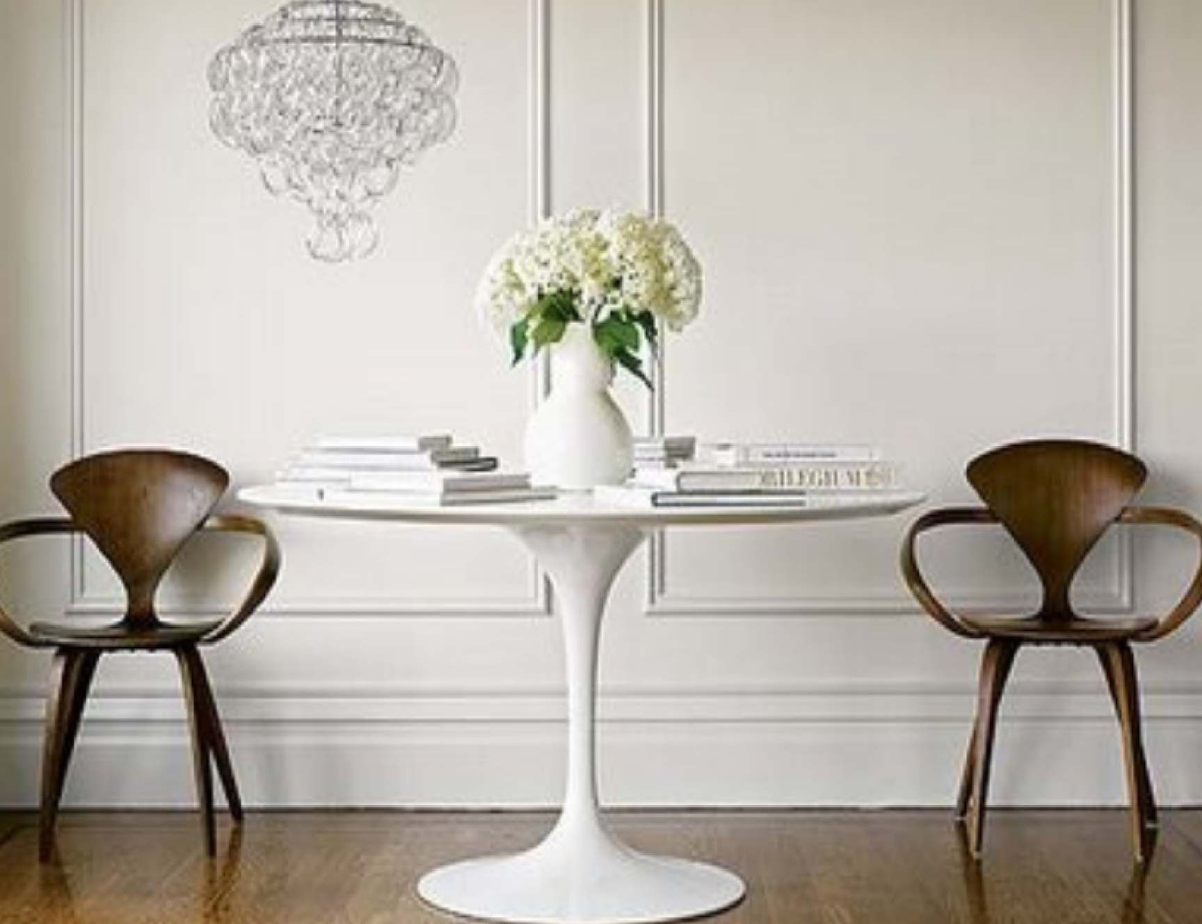 Beau Tulip White Round Table For Dining Room 1,728×1,328 Pixels