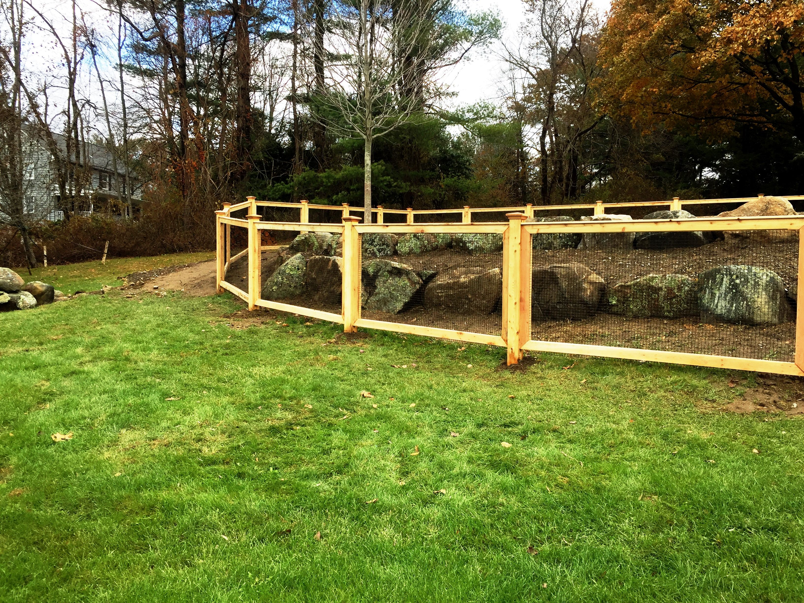 Custom Cedar Deer Fencing with Welded Wire Pool Fence | DEER FENCE ...