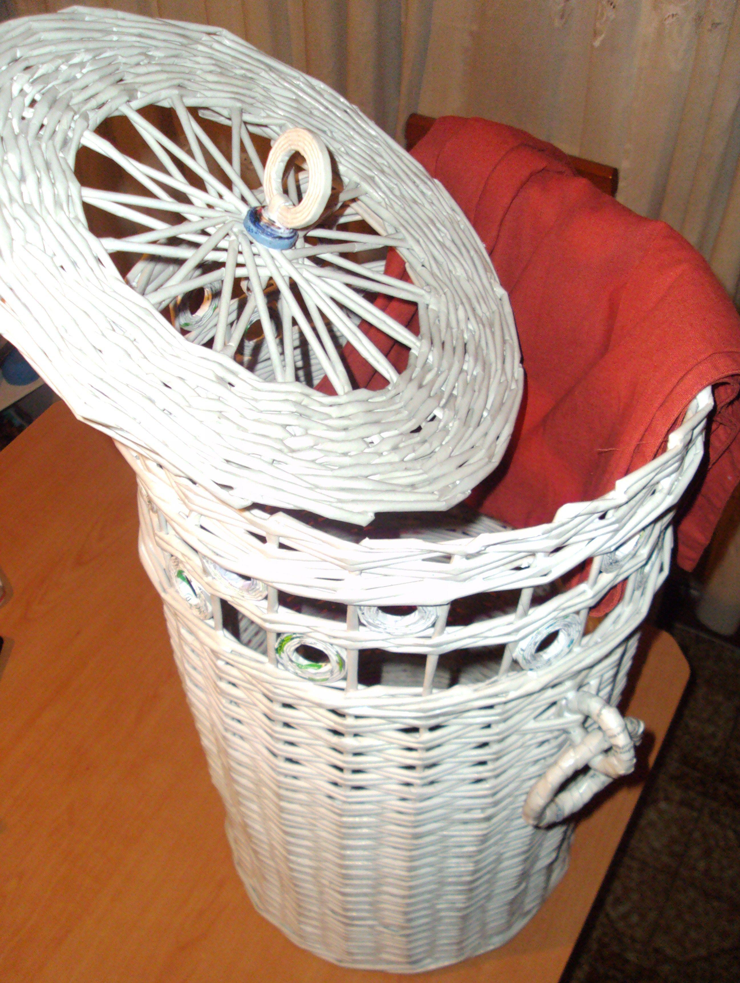 Cesta para la ropa reciclaje papel peri dico sobres de - Cesta de papel de periodico ...