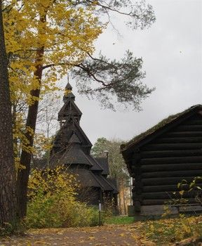 Not to be missed is the stave church built around 1200 in Gol and relocated to its present site in 1884. @visitoslo