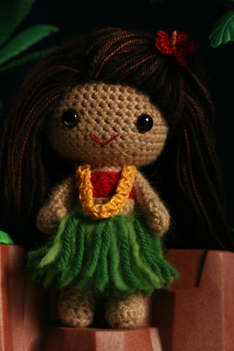 Amigurumi Hawai Doll : Someone make this for me shes so cute