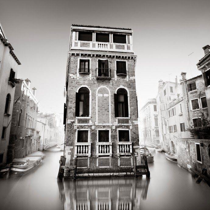 design-dautore.com: Le Dark Cities di Ronny Behnert