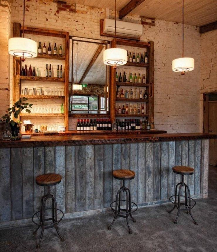 Le Bois Recycle Apporte Un Aspect Ancien A Votre Maison Il Transforme Donc Votre Decoration En Quelques Secondes Idee Deco Bar Comptoir De Bar Idees De Bar
