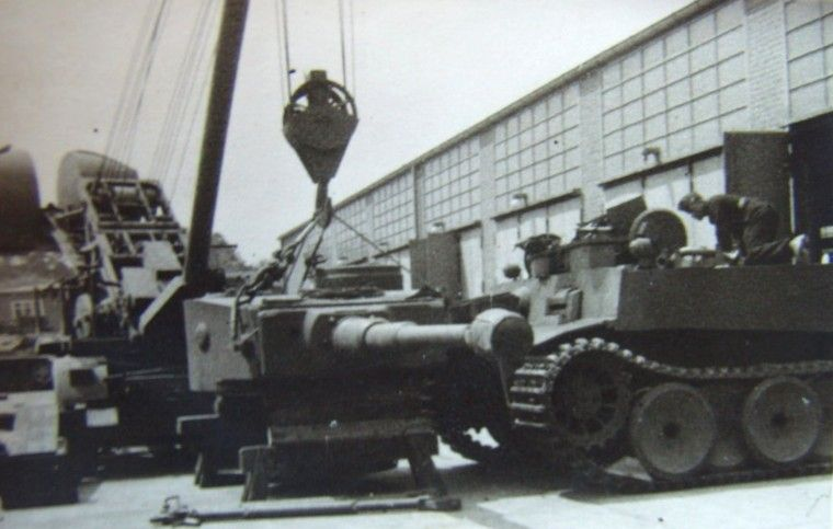 """""""early tiger 1 possibly the henschel factory germany"""""""