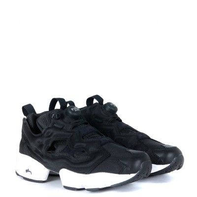 Laterale Sneaker Reebok Instapump Fury in tessuto nero
