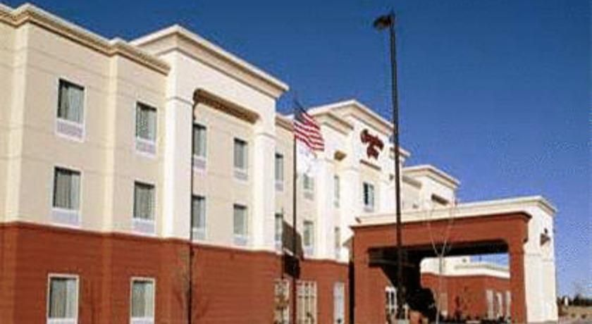 Hampton Inn Deming This New Mexico Hotel Offers A Free Breakfast And High Sd Internet Access Luna Mimbres Museum The