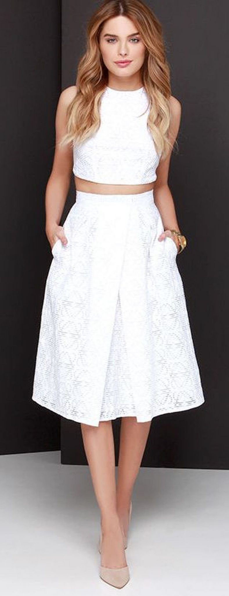 70 Gorgeous White Two Piece Outfits Ideas Fasbest