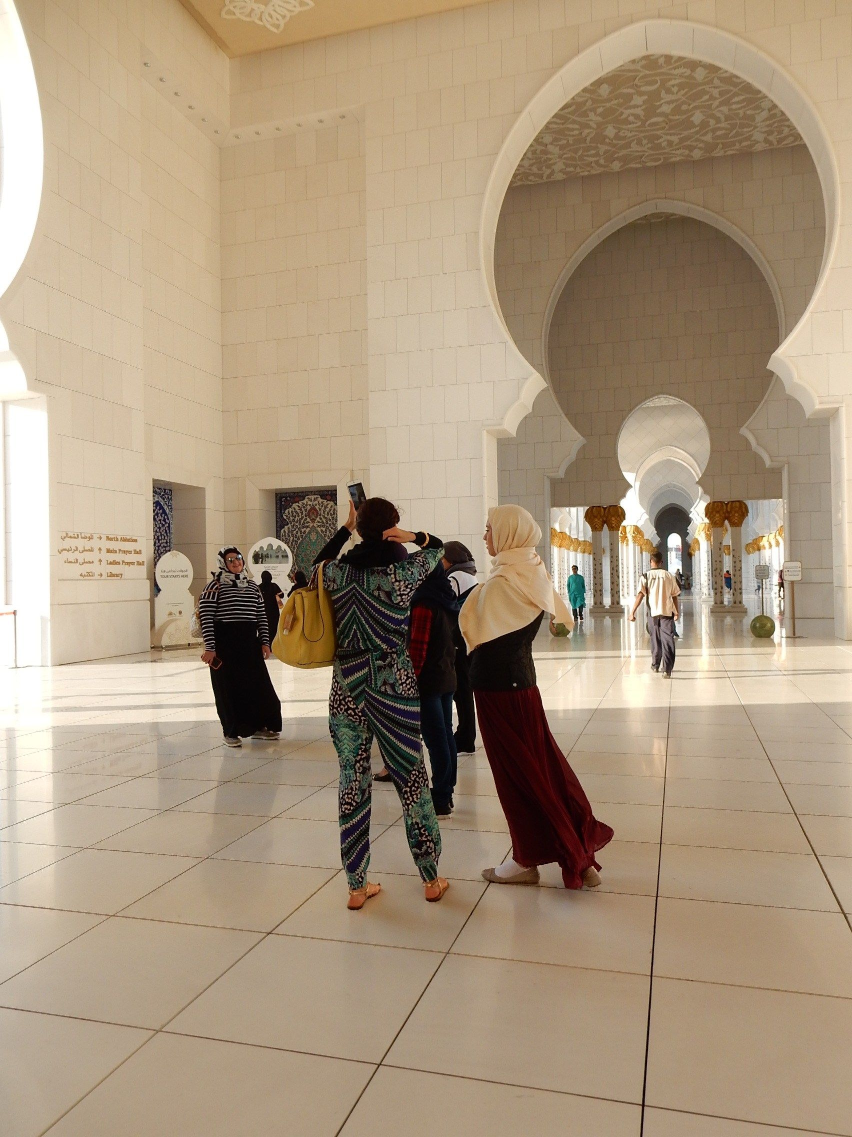 What To Wear As A Woman Travelling In Dubai Abu Dhabi And Doha