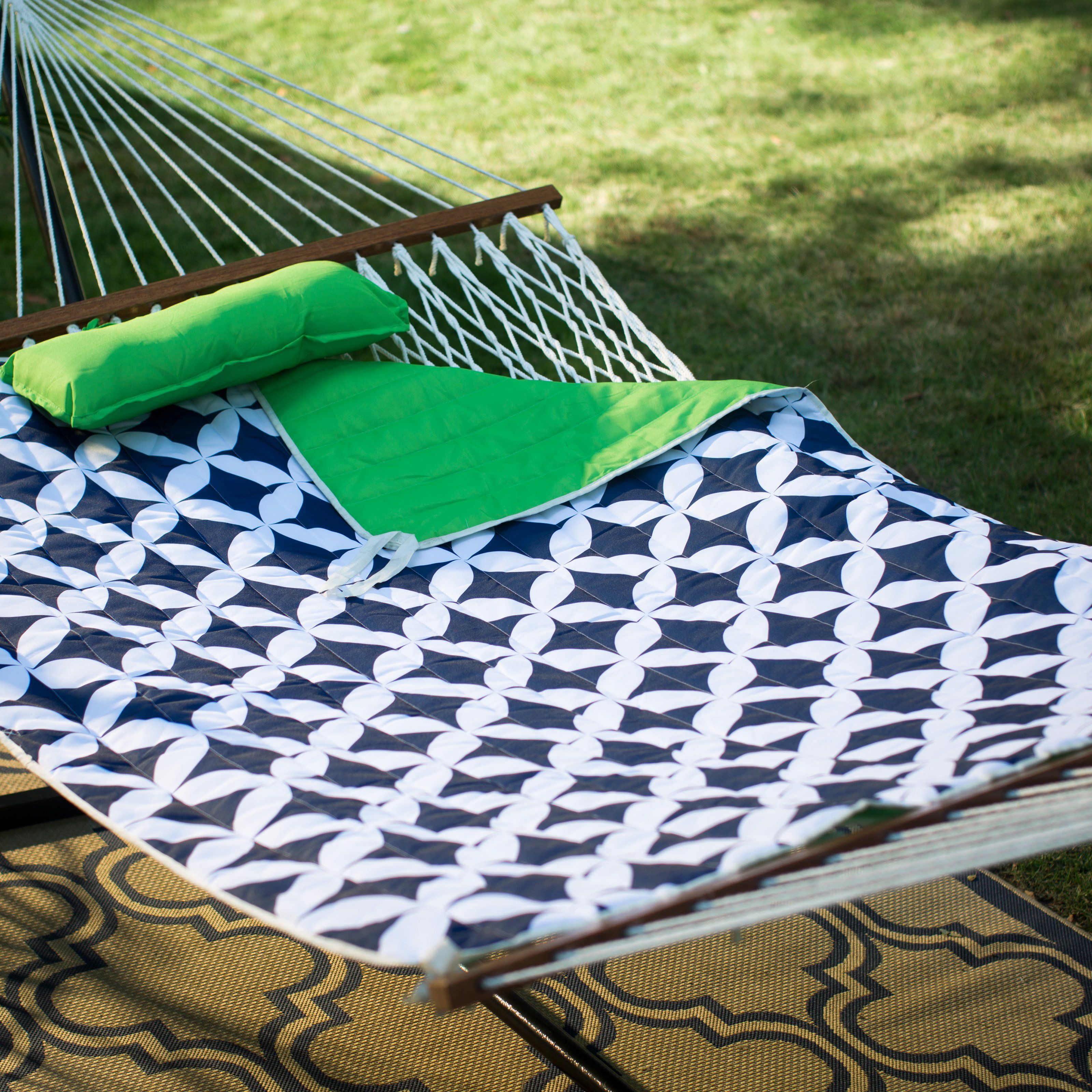 Island Bay 11 Ft Cotton Rope Double Hammock With Metal Stand Deluxe Set Green Navy From Hayneedle Com Double Hammock Hammock Rope Hammock
