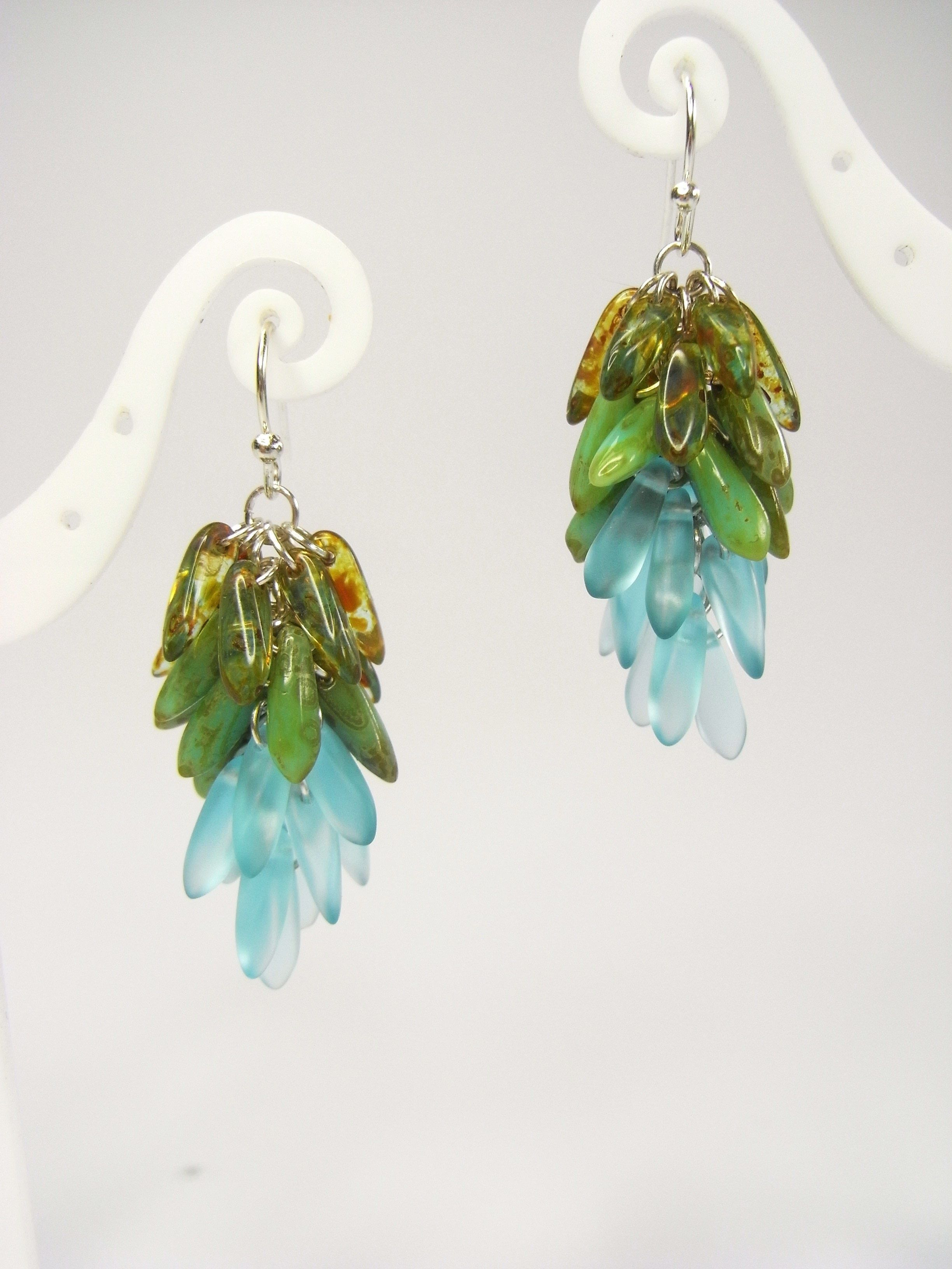 dangling cluster earrings