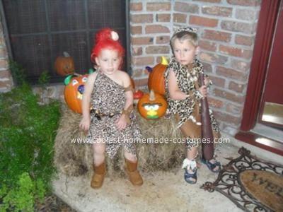 Coolest Homemade Pebbles and Bam Bam Costumes #pebblesandbambamcostumes