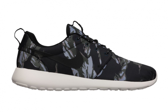 c858c95229 Nike Roshe Run GPX Black Tiger Camo Available Now
