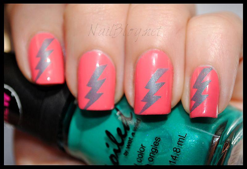 Lightning Bolt Nail Stamp