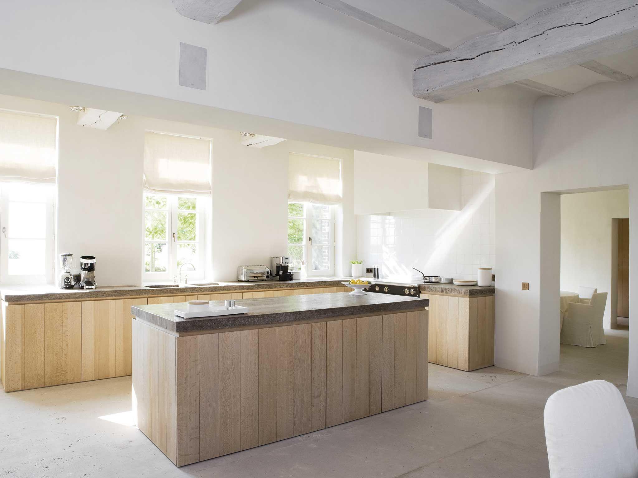 Obumex | Classic Kitchen | Kitchen Island | Wood | White | Interior ...